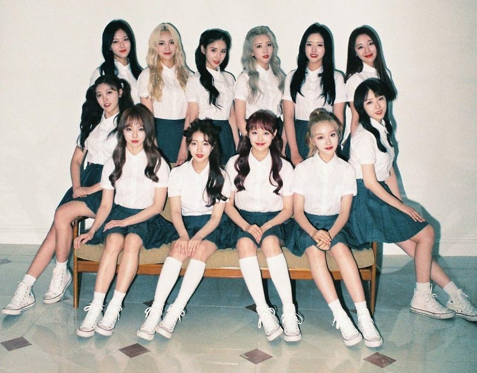 LOONA _ + _ + _ limited_a_cover_art