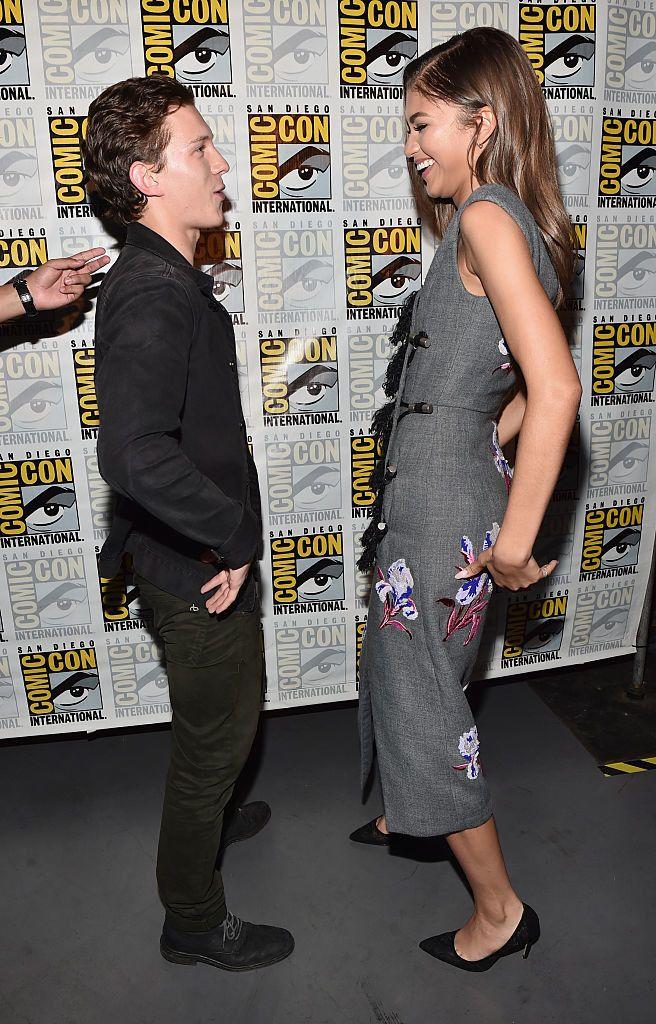 Est-ce que Zendaya sort avec Tom Holland dans la vraie vie?  Chronologie des rencontres du couple Spiderman