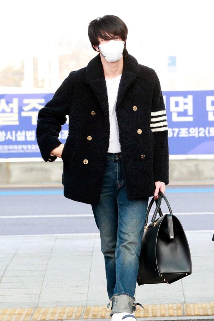 200220-BTS-Jin-Fashion-Incheon-Airport-3-683x1024